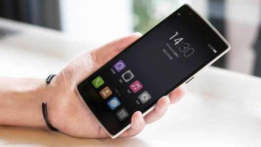 2500元左右性价比最高的手机_2500左右手机性价比排行