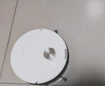 扫地机器人能扫猫毛么_扫地机器人扫猫毛有效果吗