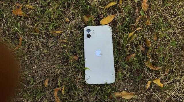 iphone12还值得买吗_iphone12是否值得买