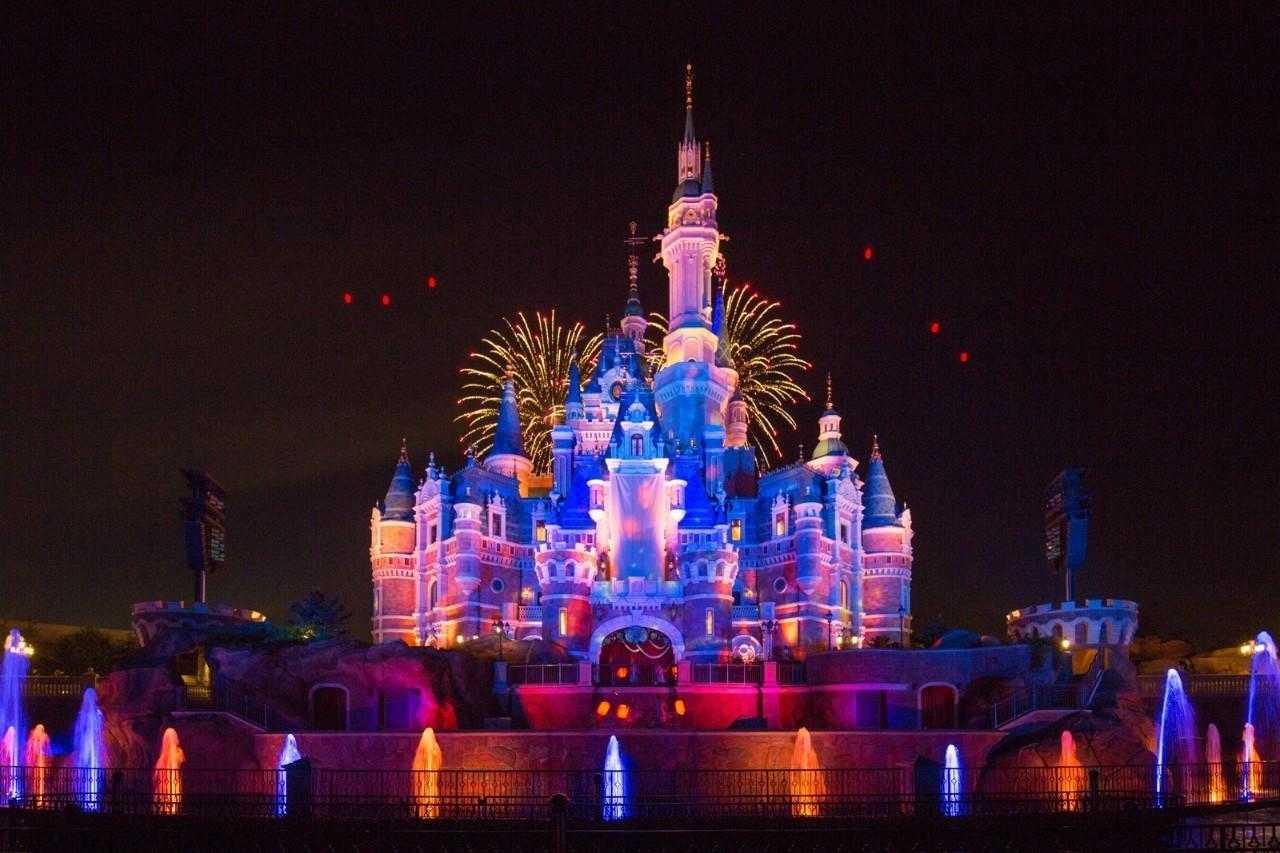 上海迪士尼vip通道要多少钱_上海迪士尼VIP门票免排队