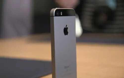 苹果se3概念图_苹果iphone se3手机外观