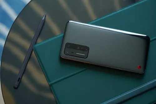 堅果r2手機怎么樣_堅果r2手機值得買嗎