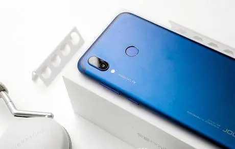 荣耀play5t手机怎么样_荣耀play5t手机值得入手吗