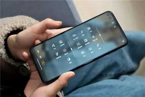 摩托罗拉edges手机的优缺点_摩托罗拉edges怎么样