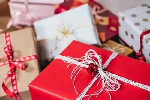 七夕节送什么礼物给男朋友比较好_2021七夕送男友实用礼物排行榜