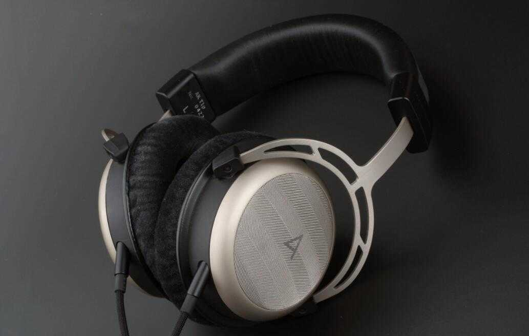 头戴蓝牙耳机推荐_头戴蓝牙耳机性价比最高的