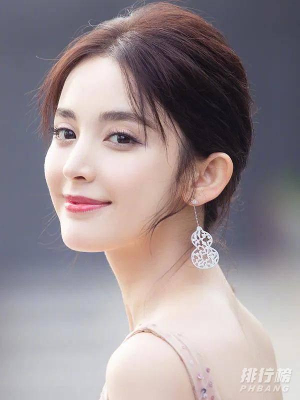女明星颜值最高前十名_最美女明星排名2021最新排名